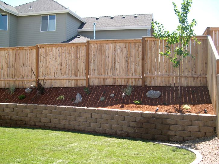 Fence and retaining wall
